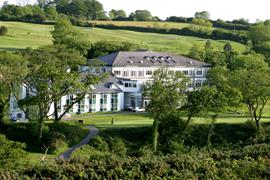 dartmouth-hotel-golf-and-spa-grounds-and-hotel-02-83978
