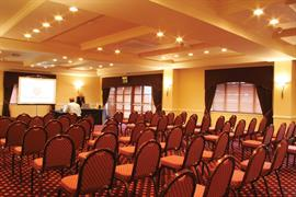 the-gables-hotel-meeting-space-01-83878