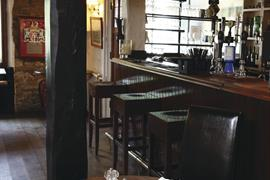 jersey-arms-dining-13-83710-OP