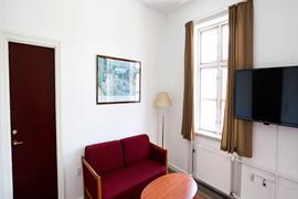 96096_004_Guestroom