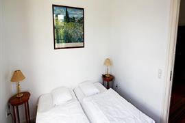 96096_005_Guestroom