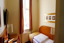 96096_007_Guestroom