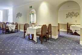 royal-chase-hotel-dining-06-83064
