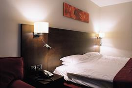the-stuart-hotel-bedrooms-01-83971