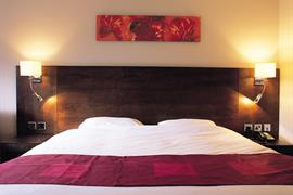 the-stuart-hotel-bedrooms-04-83971
