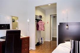 88149_006_Guestroom
