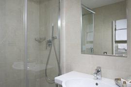 98334_007_Guestroom