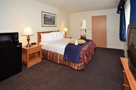 05231_007_Guestroom
