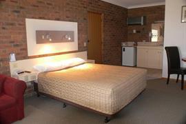90562_004_Guestroom