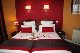 93673_006_Guestroom