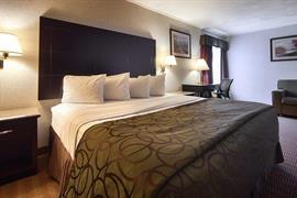 33060_006_Guestroom