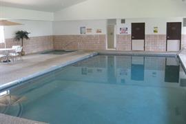 42051_004_Pool