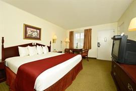 04067_007_Guestroom