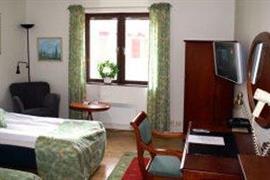 88107_003_Guestroom