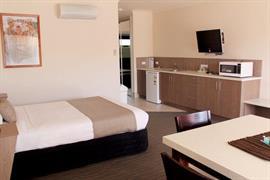 97315_003_Guestroom