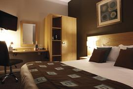 westminster-hotel-bedrooms-02-83383