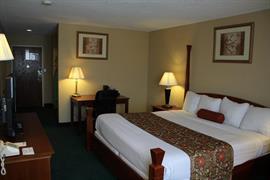 36082_007_Guestroom