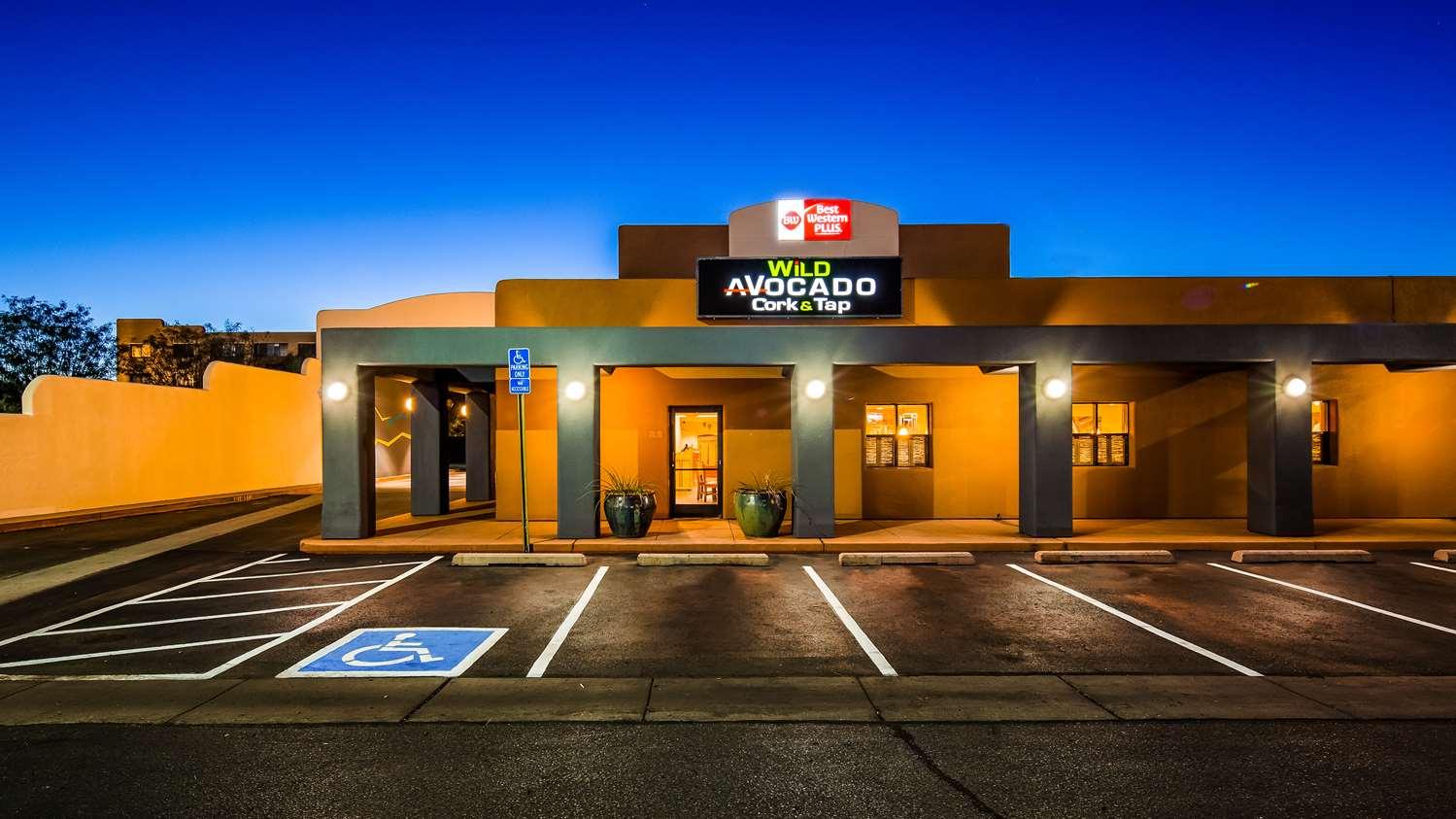 Best Western Plus Rio Grande Inn | Hotels in Albuquerque, New Mexico