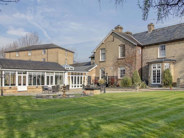 Best Western Quy Mill Hotel & Spa, Cambridge Hotel Grounds