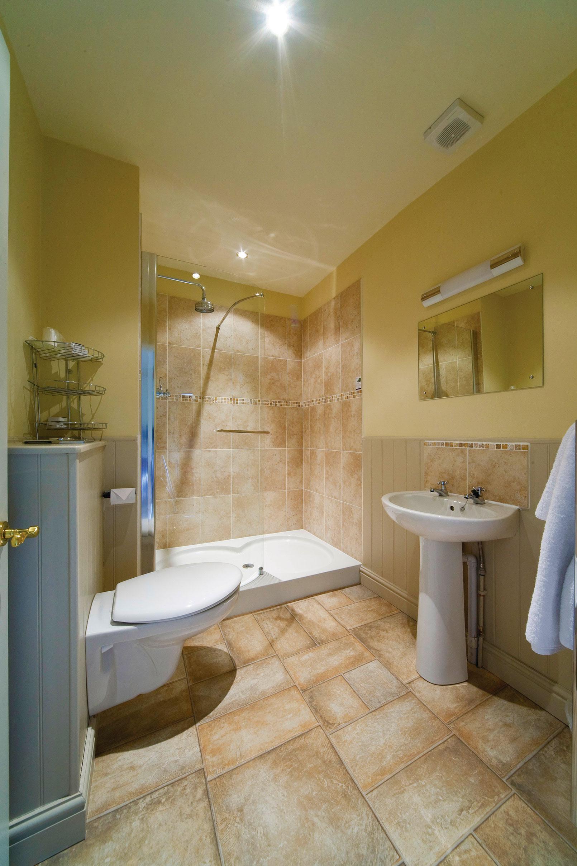 Best Western Hotel Room: Best Western Limpley Stoke Hotel
