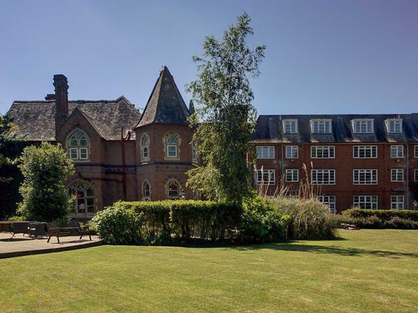 Best Western Abbots Barton Hotel Hotel Grounds