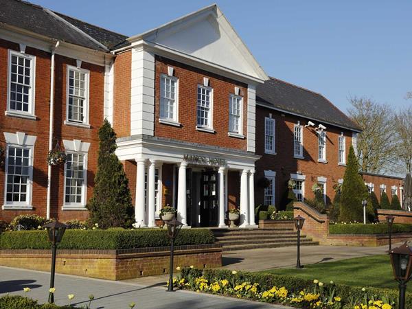 Best Western Manor NEC Birmingham Hotel Grounds