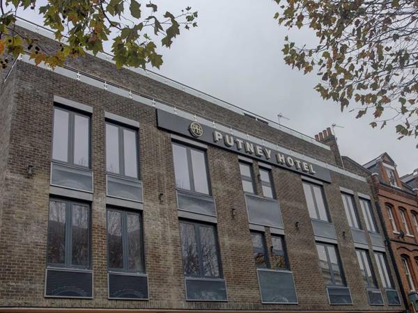 Best Western Putney Hotel Hotel Grounds