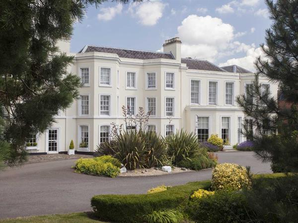 Best Western Burnham Beeches Hotel Hotel Grounds