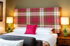 abbey-hotel-bedrooms-06-84259