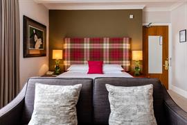 abbey-hotel-bedrooms-08-84259