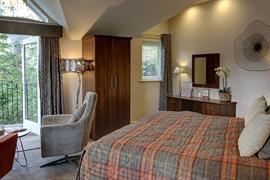 ambleside-salutation-hotel-bedrooms-63-83750