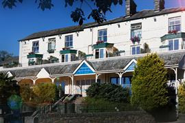 ambleside-salutation-hotel-grounds-and-hotel-57-83750x2
