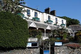 ambleside-salutation-hotel-grounds-and-hotel-40-83750