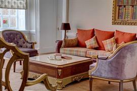 baylis-house-hotel-grounds-and-hotel-06-84246