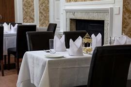baylis-house-hotel-dining-01-84246