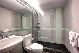 10408_005_Guestroom