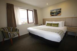 85462_002_Guestroom
