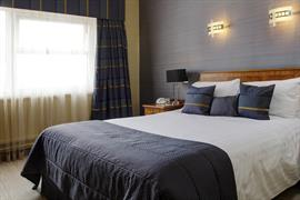 aberavon-beach-hotel-bedrooms-08-83465