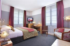 93527_006_Guestroom