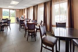 36137_006_Restaurant