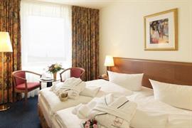 95436_003_Guestroom