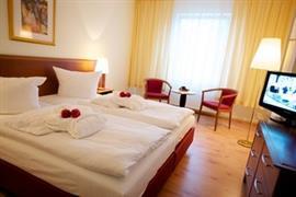 95436_005_Guestroom