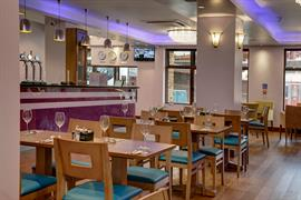 airlink-hotel-london-heathrow-dining-03-84210