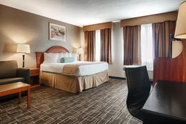 14129_002_Guestroom
