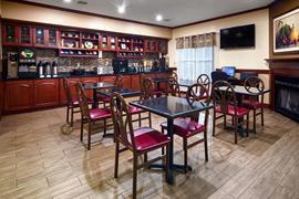 15083_004_Restaurant