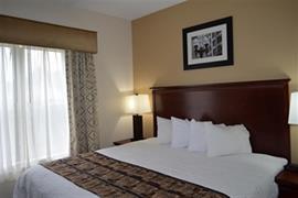 15083_006_Guestroom