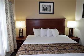 15083_007_Guestroom