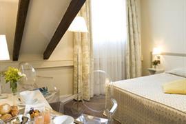 93557_001_Guestroom