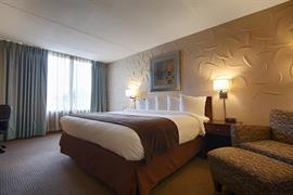 33089_005_Guestroom