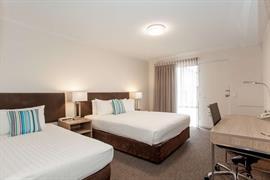 97419_001_Guestroom